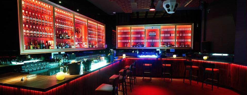 Viladomat-208-Doll-Strip-Clubs-Barcelona